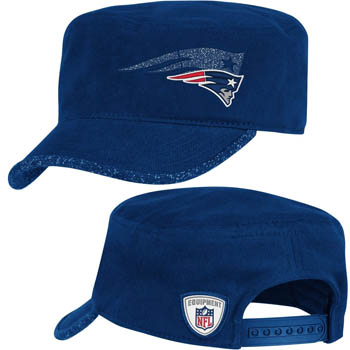 Reebok/Womens New England Patriots Second Season Hook Military snap