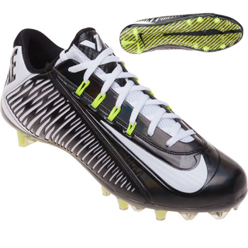 the latest 050a7 d12a7 The Nike Vapor Carbon 2014 Elite Men's Football Cleat features a one-piece  upper and a combination of bladed and conical cleats for less weight and  better ...