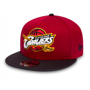 e768727a3db Turn up the heat with the New Era Basic 9FIFTY Snapback Cap! The 9FIFTY  silhouette has the same crown and visor board as the 59FIFTY.