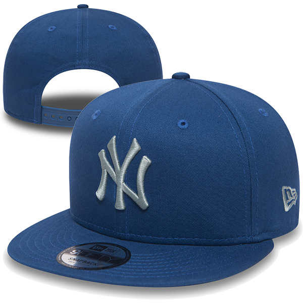 New Era. MLB New York Yankees Essential Beach Kiss Blue 9FIFTY Snapback 3a55be627ee