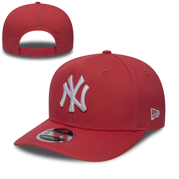 New Era MLB New York Yankees Pre Curved 9Fifty Snapback Coral/White
