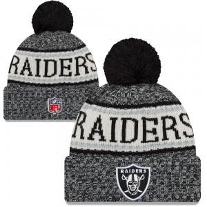 New Era NFL Oakland Raiders Sideline Bobble Cuff Knit 2018